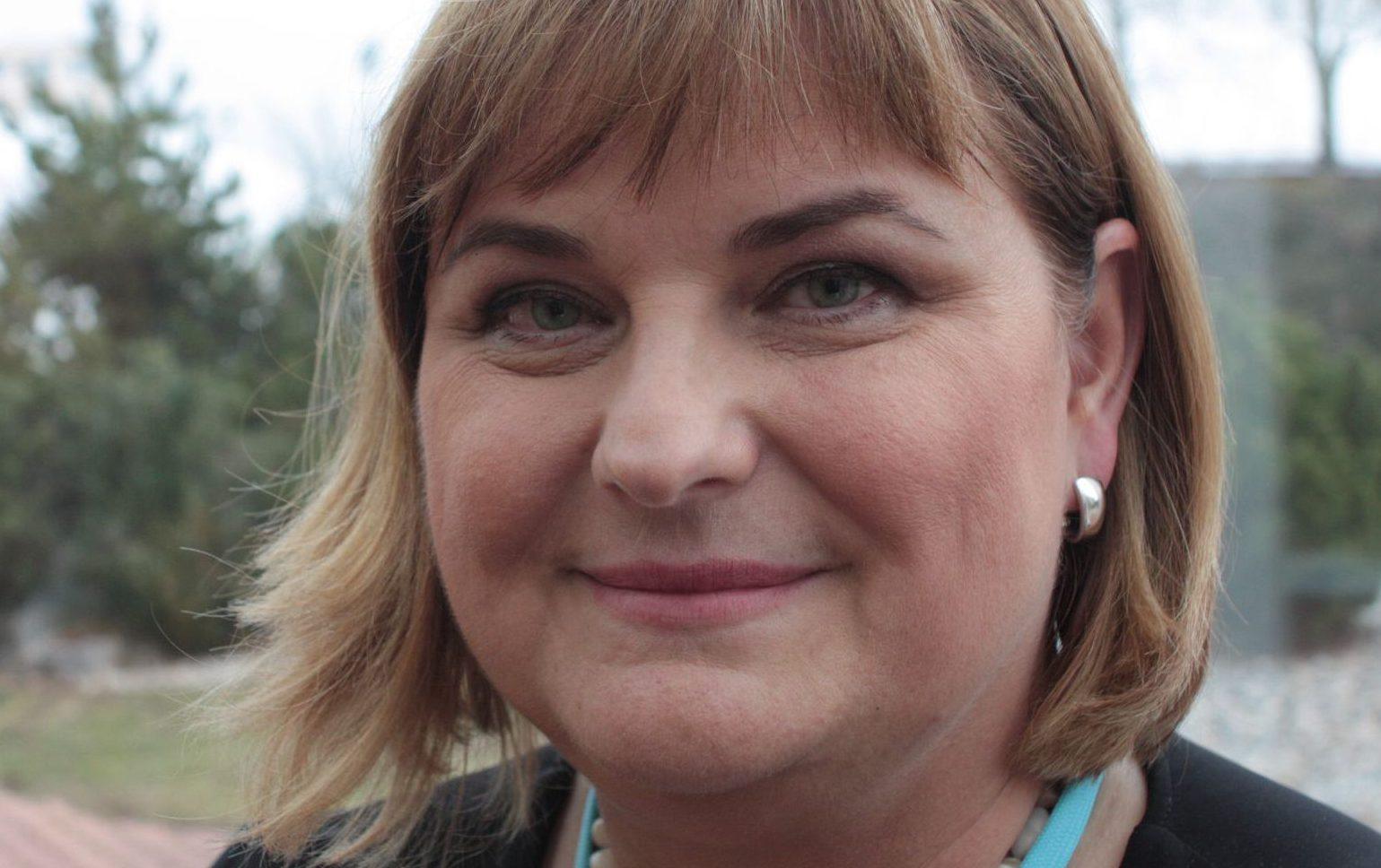 dětského lékaře, Ilona Hülleová