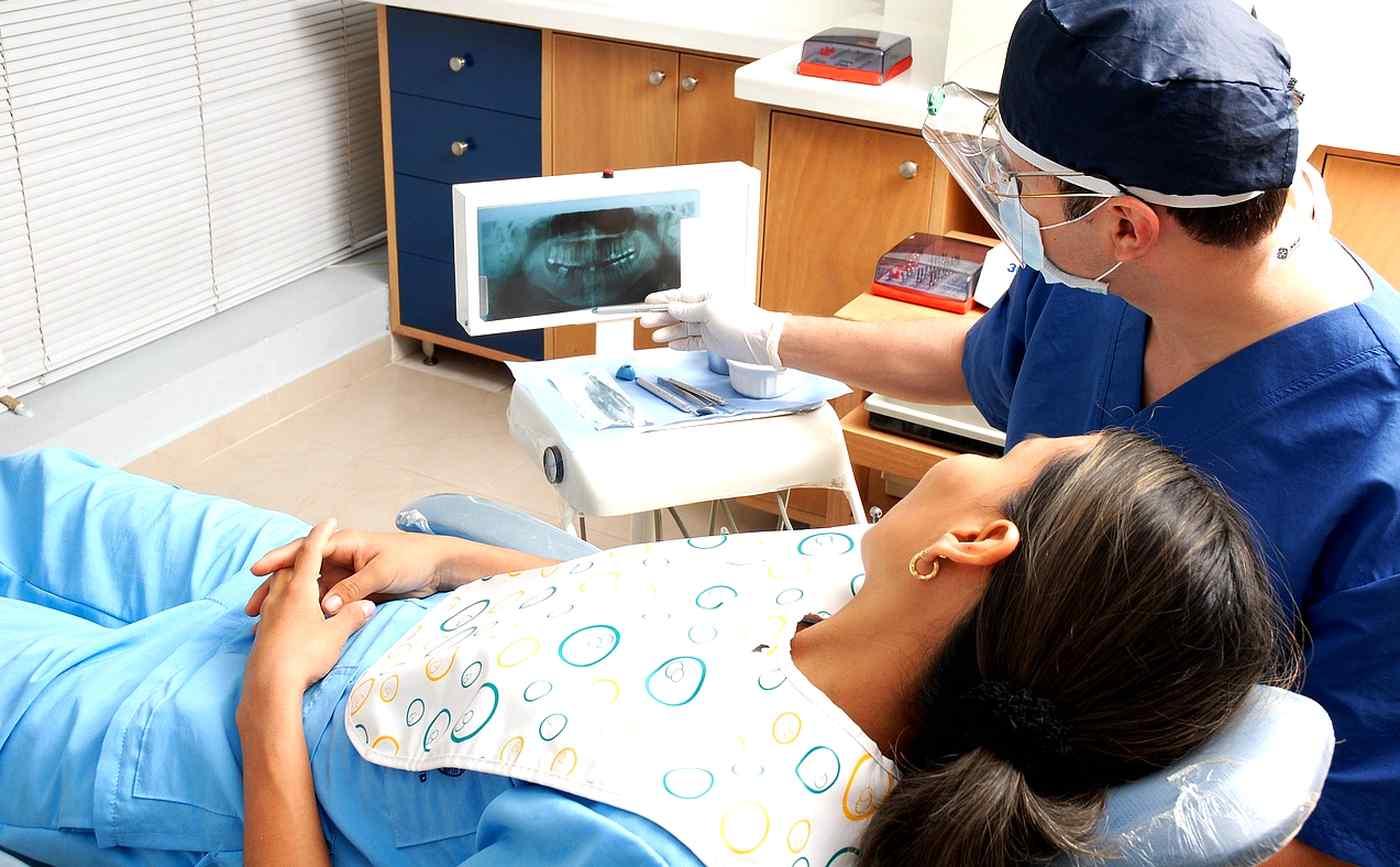 stomatologům